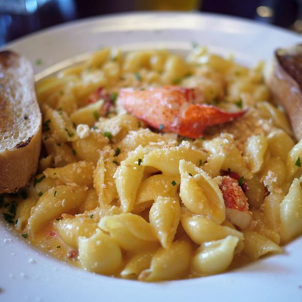 Lobster Mac & Cheese - Billy's Boston Chowder House, Los Gatos, CA