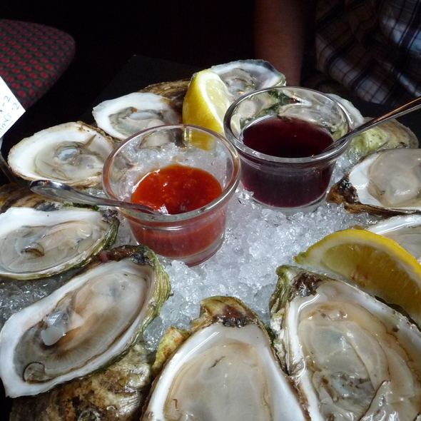 Oysters - Claddagh Oyster House, Charlottetown, PE