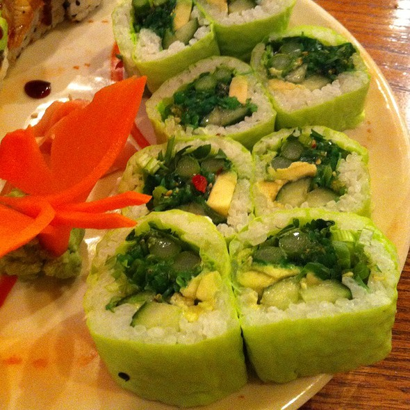 green roll kona jacks fish market sushi bar indianapolis in