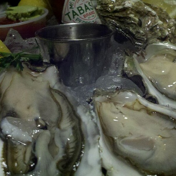 Oysters - The Warehouse, Marina Del Rey, CA