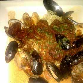 Clam & Mussel Arraboata - Andrew's 228, Tallahassee, FL