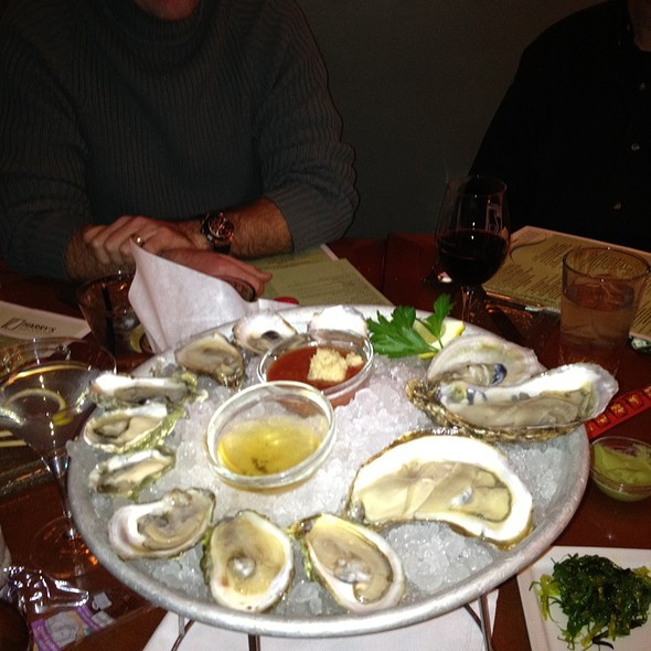 Oyster Assortment - Banks' Seafood Kitchen & Raw Bar, Wilmington, DE