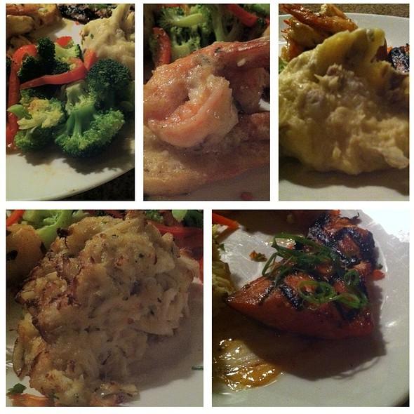 Seafood Mixed Grill - Chart House Restaurant - Alexandria, Alexandria, VA