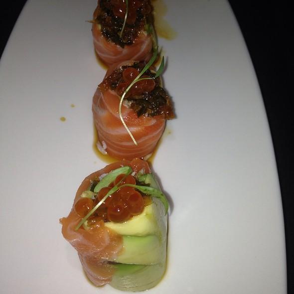 Love Roll - Shari Sushi Lounge, Orlando, FL