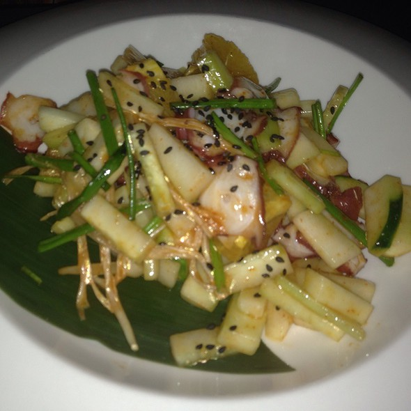 Tako Salad - Shari Sushi Lounge, Orlando, FL
