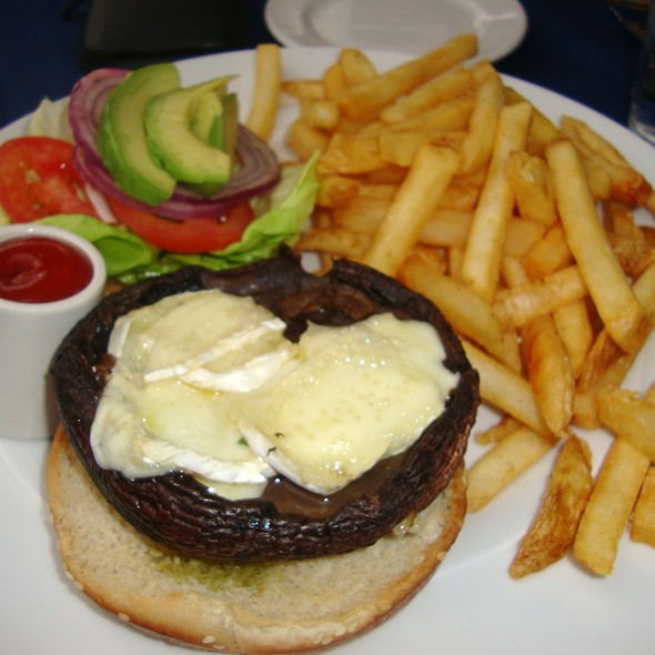 Grilled Portobello Sandwich w/ Warm Brie, Avocado & Pesto - Ibiza Food and Wine Bar, Houston, TX