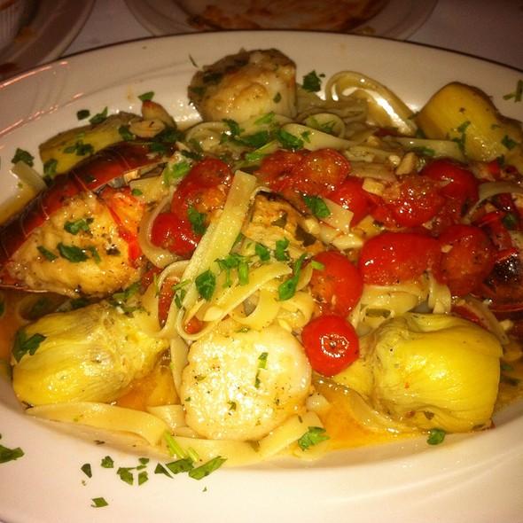 Lobster And Scallops - Aliano's Ristorante - Batavia, Batavia, IL