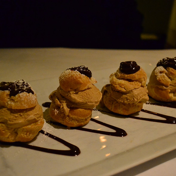 Profiteroles - Fat Canary, Williamsburg, VA