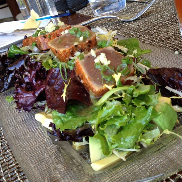Hawaiian Ahi Tuna Tataki Salad - RAYA at The Ritz-Carlton, Laguna Niguel, Dana Point, CA