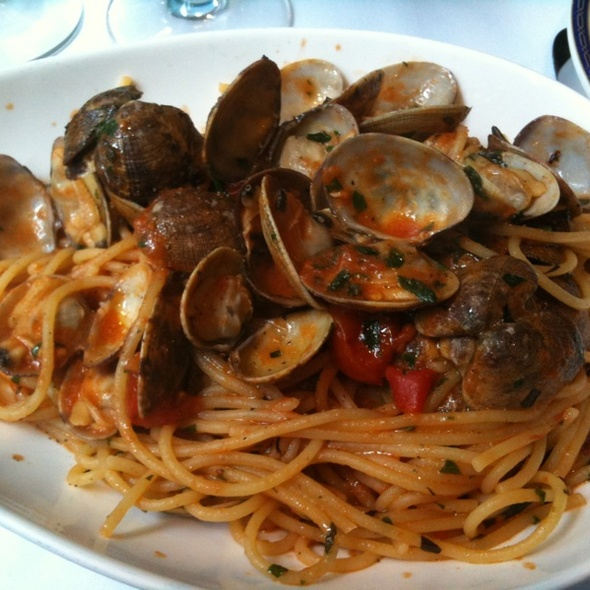 Linguine With Clams - Café Milano, Washington, DC