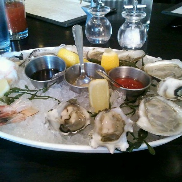 Oysters - Parlor Steak & Fish, New York, NY