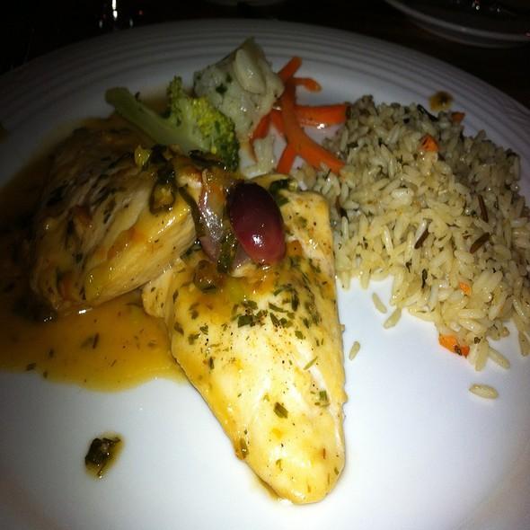 Tuscan Chicken - Kilauea Lodge and Restaurant, Volcano, HI