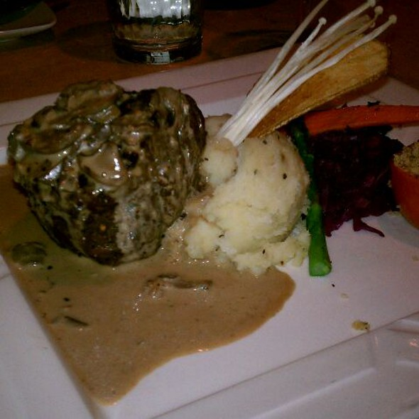 Filet Medallion w/Cabernet Cream Sauce - Todd's Unique Dining, Henderson, NV