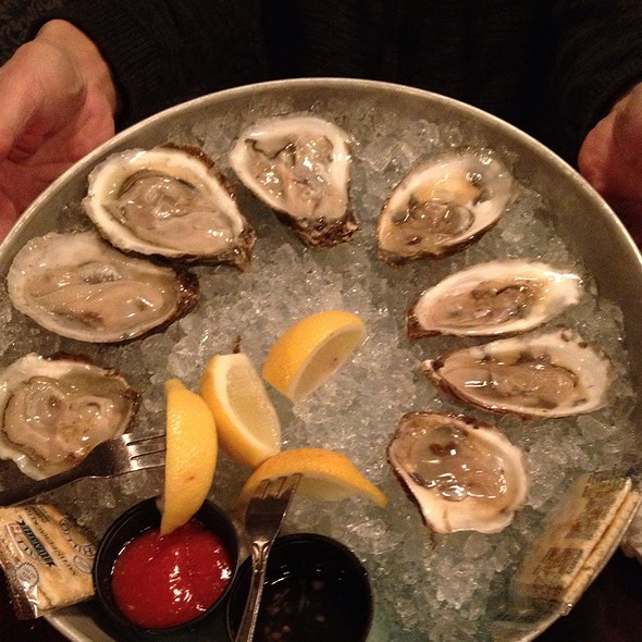 Oysters - Doc Magrogan's Fish Market, Moosic, PA