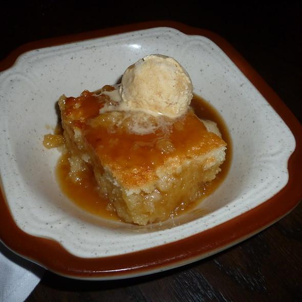 Pudding Chomeur - Taverne Gaspar, Montréal, QC