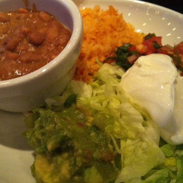 Fajita sides - (Rice, Beans, Guacamole) - Cinco Mexican Cantina - Akers Mill, Atlanta, GA