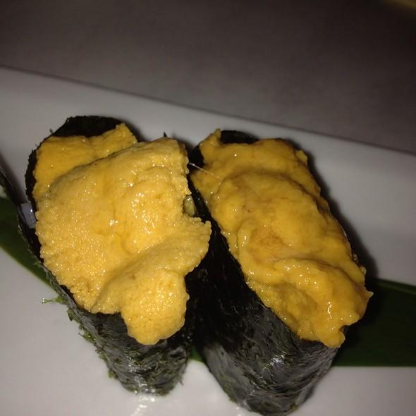 Uni Nigiri Sushi - K-ZO, Culver City, CA