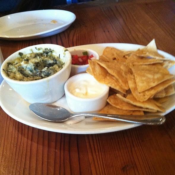 Spinach And Artichoke Dip - Table 24, Orinda, CA