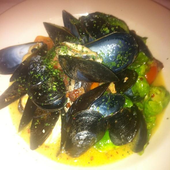 Steamed Mussels - Nana's Restaurant, Durham, NC