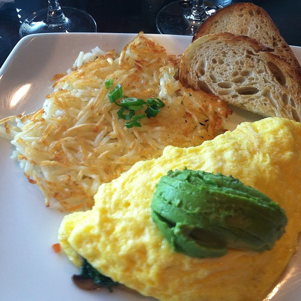 Vegetable Omelette - Meritage at the Omni Interlocken Resort, Broomfield, CO