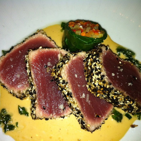 Sesame Encrusted Seared Tuna - Strip House, New York, NY