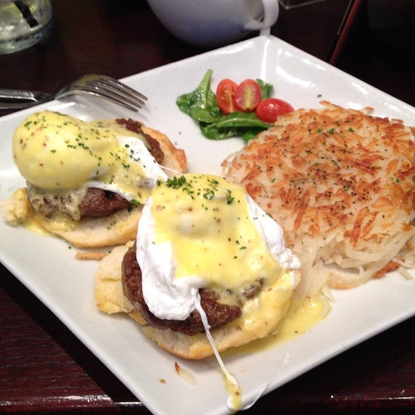 Southern Sausage Benedict - Stewart Penick's Terrace - Southpark, NC, Charlotte, NC