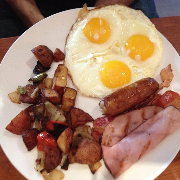 Country Breakfast - Cinema Cafe 34th Street, New York, NY