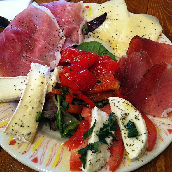 Antipasto - La Vita E Bella, Seattle, WA