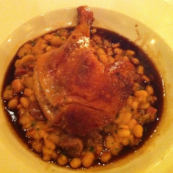 Duck Confit With Red Wine Jus - Bistro Pastis, Vancouver, BC