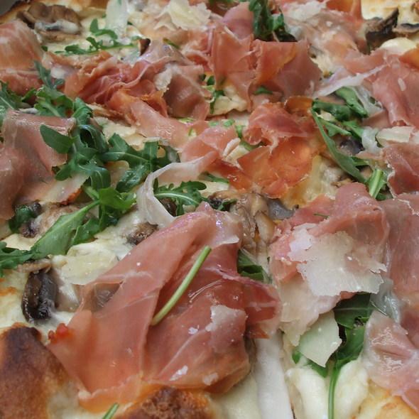 Pizza Cristina - Il Fornaio - Del Mar, Del Mar, CA