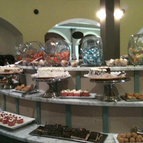 dessert buffet - Jack Binion's - Horseshoe Casino - Southern Indiana, Elizabeth, IN