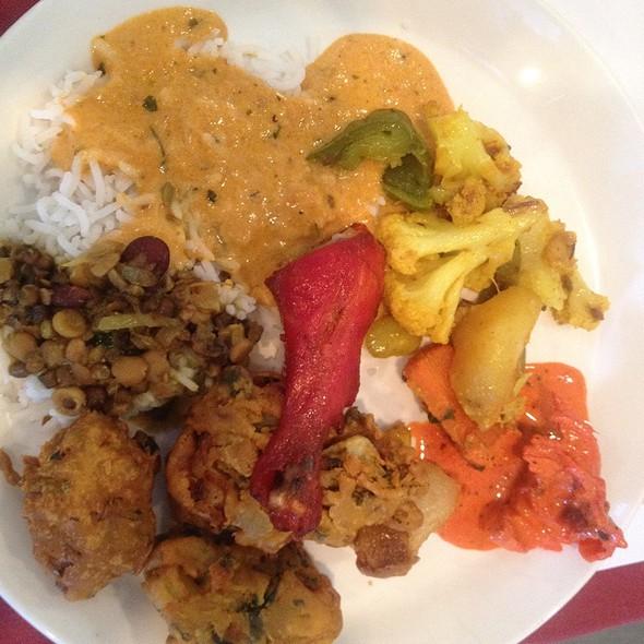 Indian Buffet - Neelam Exotic Indian Cuisine, Berkeley Heights, NJ