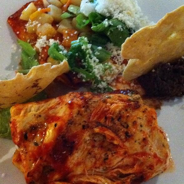 Pollo Moreliano - Lu Cocina Michoacana, Morelia, MIC