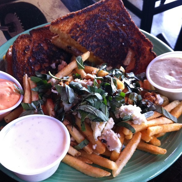 Grilled Cheese And Gourmet Fries - Capitol Garage, Sacramento, CA