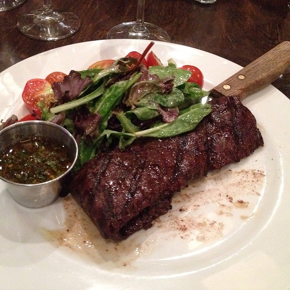 Entraña (Skirt Steak) Con Chimichurri - Novecento - Brickell, Miami, FL