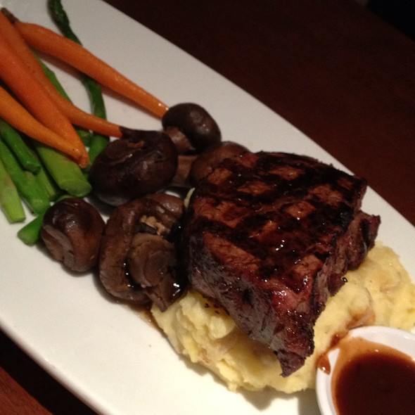 Oak Grilled Filet Mignon - Seasons 52 - Indianapolis, Indianapolis, IN