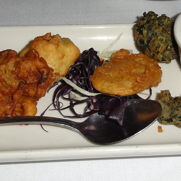 vegetarian sampler - Nawab Indian Cuisine - Williamsburg, Williamsburg, VA