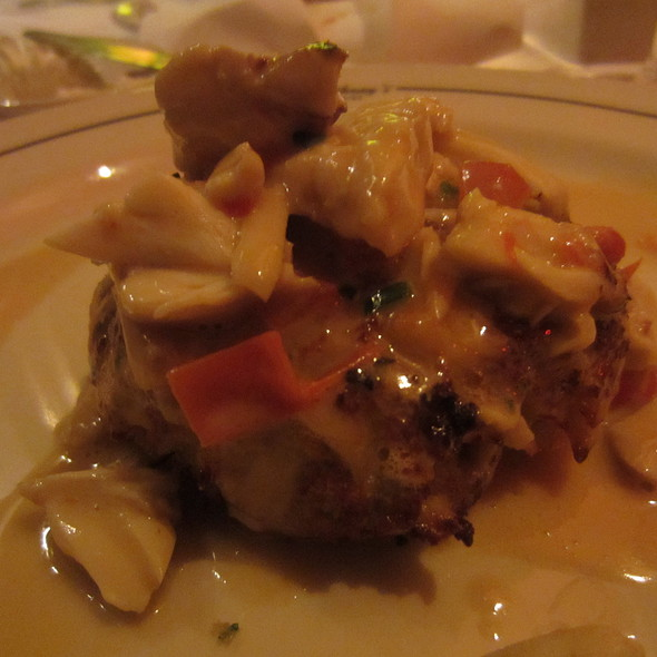 Jumbo Lump Crab Cake - Vic & Anthony's Steakhouse - Houston, Houston, TX