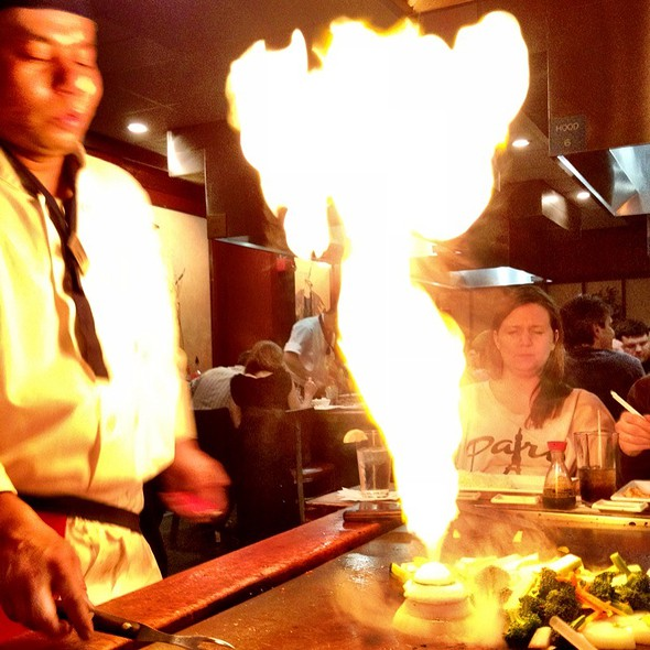 Onion Volcano! - Bisuteki Japanese Steakhouse and Sushi Bar - Four Points Sheraton Boston Logan, Revere, MA