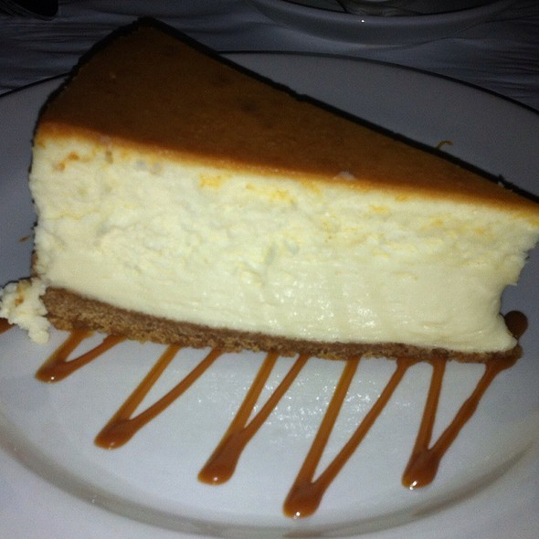 traditional cheese cake - Docks Oyster Bar and Seafood Grill, New York, NY