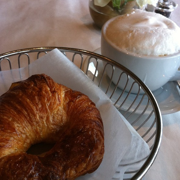 Croissant - Maison Giraud, Pacific Palisades, CA