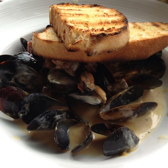Champagne Steamed Penn Cove Mussels - Purple Cafe and Wine Bar - Bellevue, Bellevue, WA