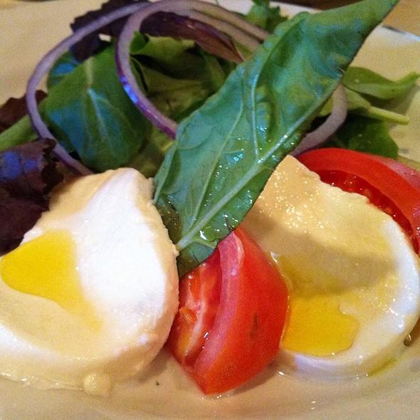 Caprese Salad - Casa Mia Trattoria & Pizzeria, Jupiter, FL