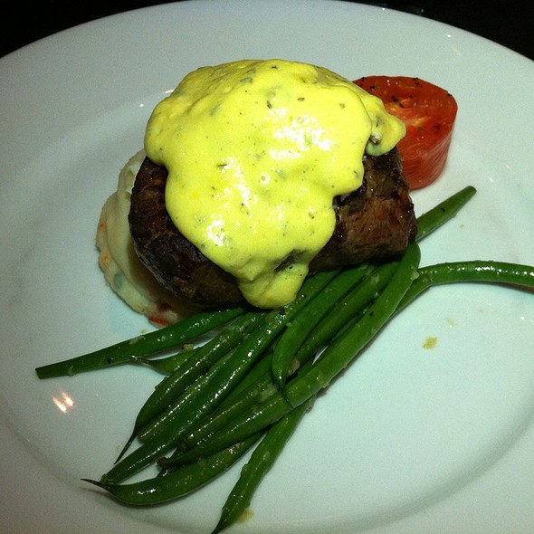 Filet Oscar - Gaslight Grill, Leawood, KS