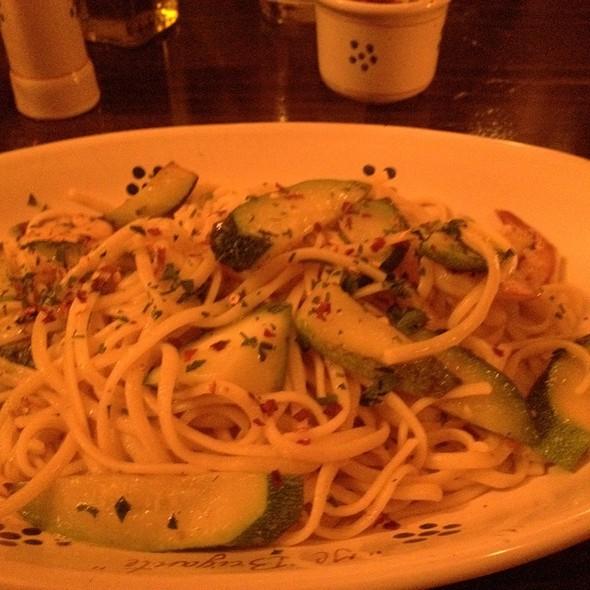 Linguine Gamberetti E Zucchine - Il Brigante Restaurant, New York, NY