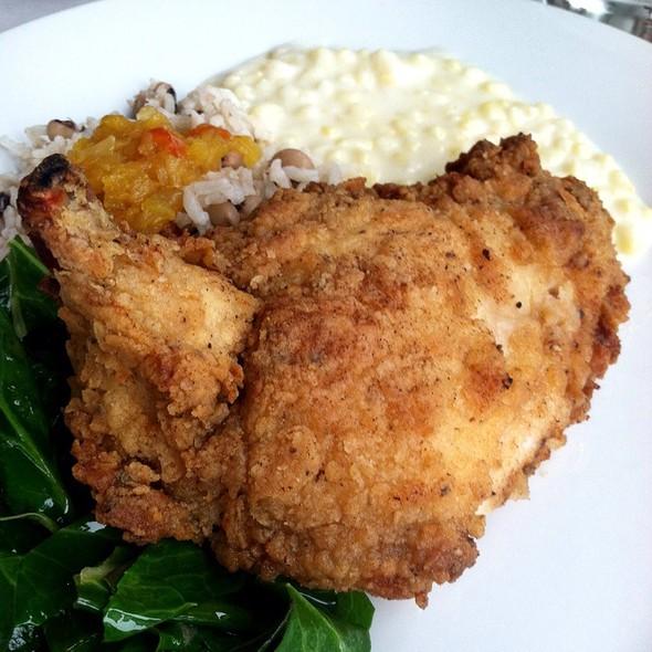 fried chicken - The Farmhouse, Palmetto, GA
