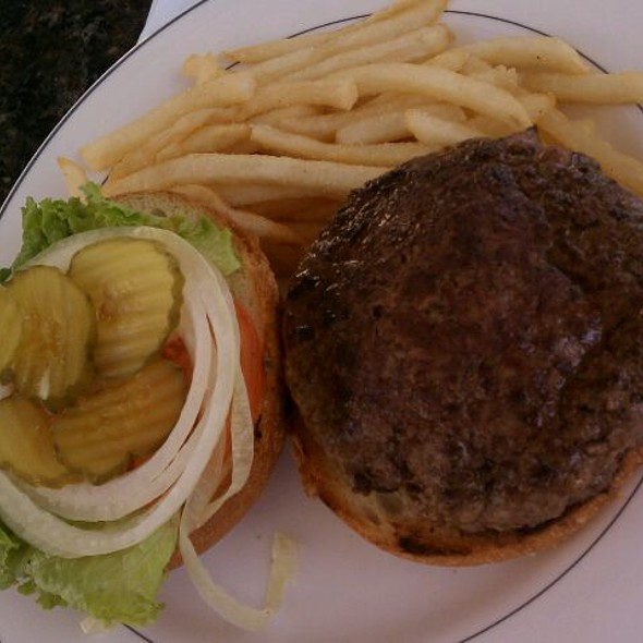 Burger with Tomato, Onion and Lettuce - Bon Appetit, Dunedin, FL