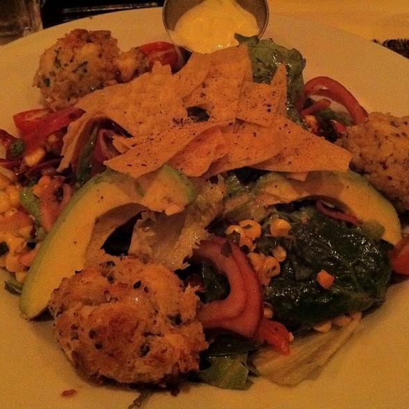 Crabcake Salad - Maplewood Grill, Vienna, VA
