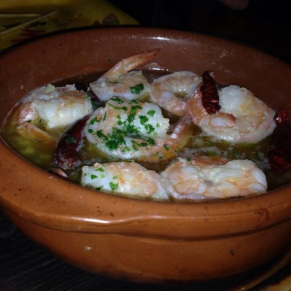 Sizzling Garlic Shrimp - Matador, Wayne, PA