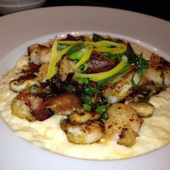 Low Country Shrimp And Grits - Frogs Leap Public House, Waynesville, NC